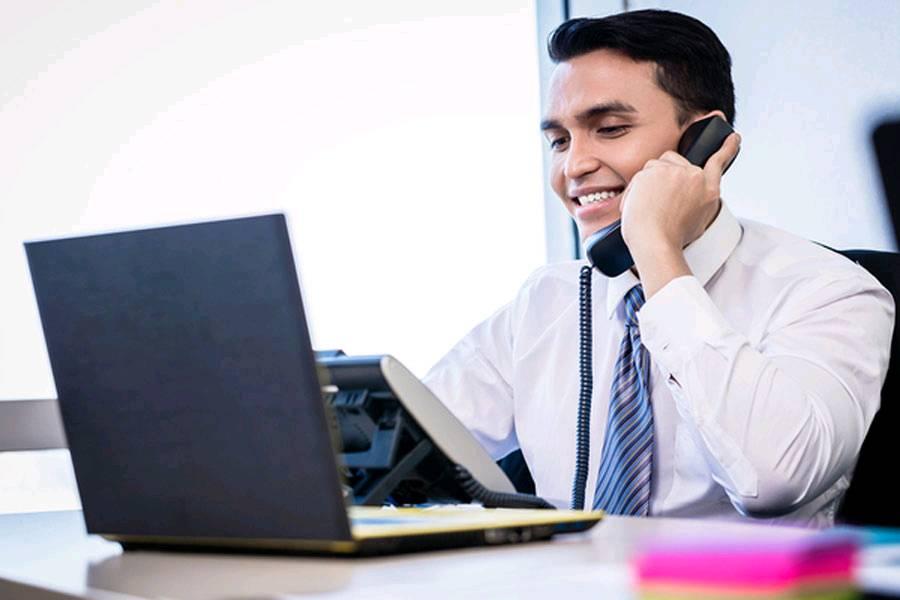 Como fechar vendas por telefone